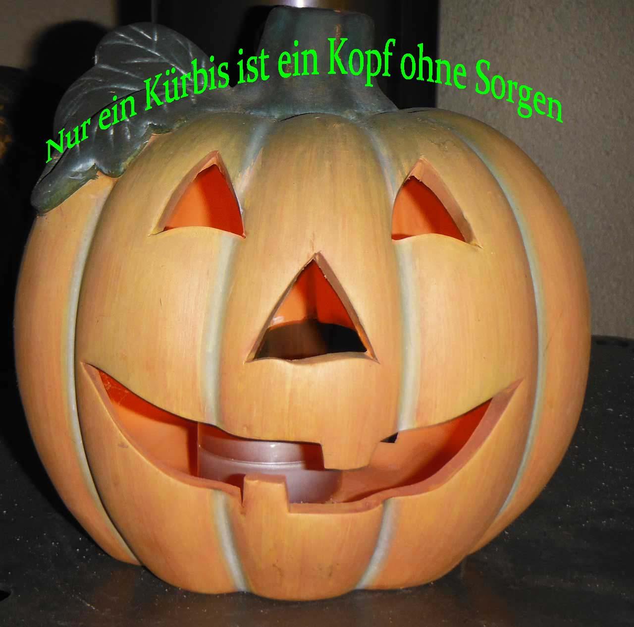 Halloween Kürbis Teelicht mit einem Zitat im Bild