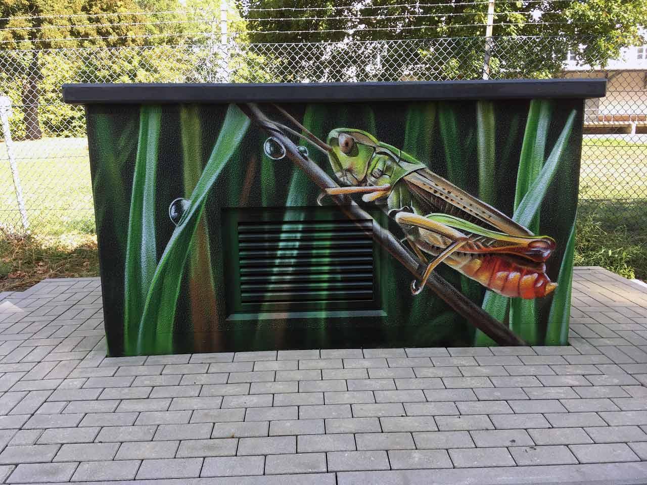 Straßenkunst am Stromkasten
