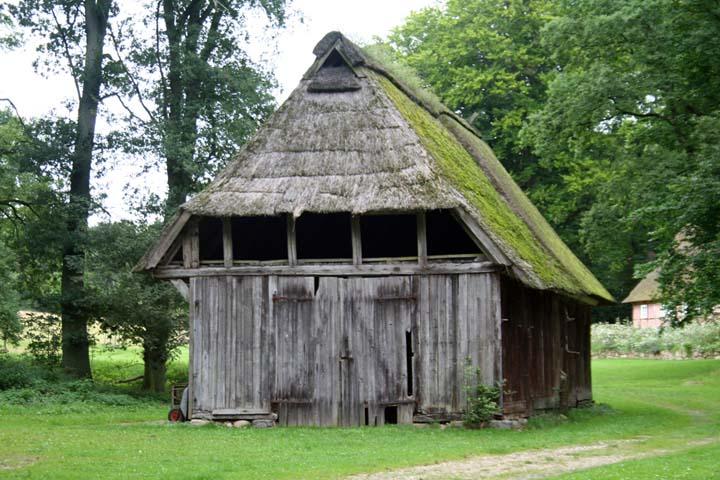 Alte Scheune in der Lüneburger Heide