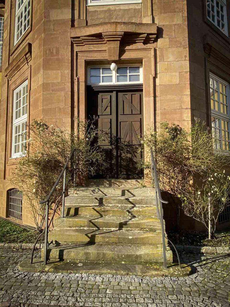 Schönes Eingangstor in Liebenburg nahe der Straße des Friedens