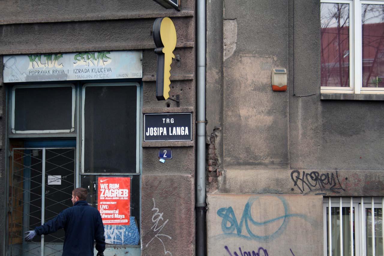 Straßenschild in Kroatien