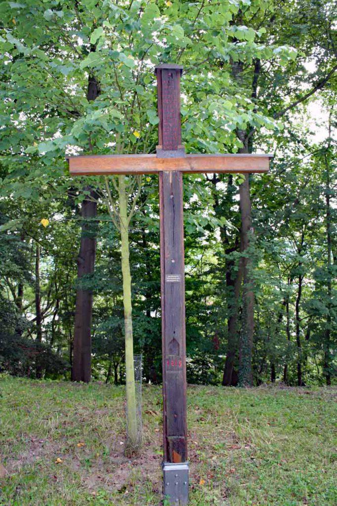 Valentinus- oder Pestkapelle Kreuz bei der alten Linde