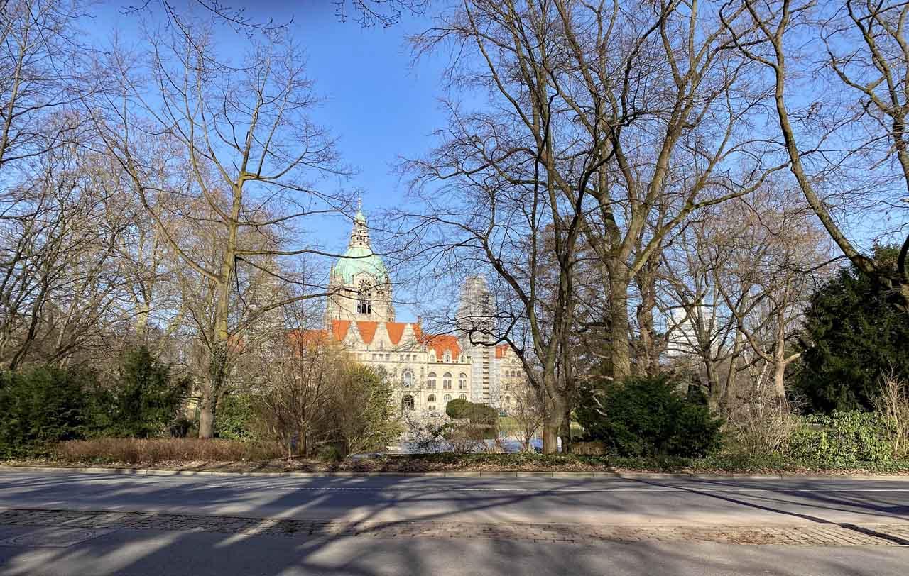 Das neue Rathaus von Hannover am Maschpark