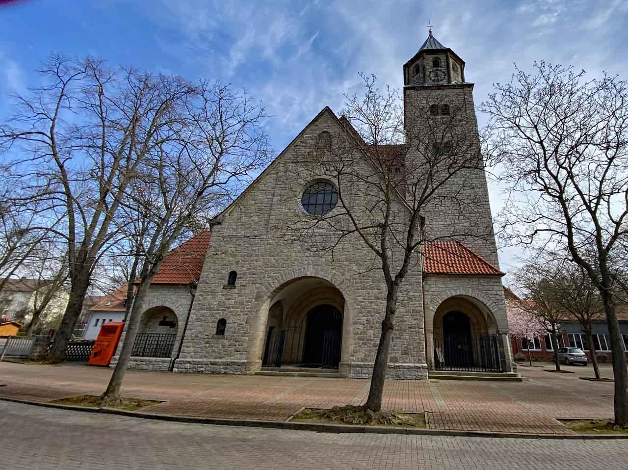 Kath. Kirche Heilig Geist in Sarstedt