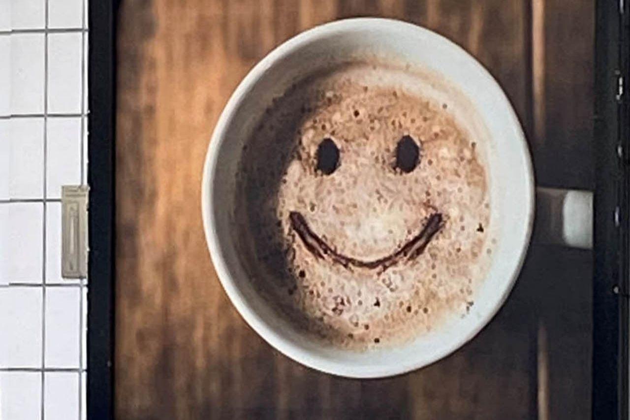 Lach mal wieder Kaffee