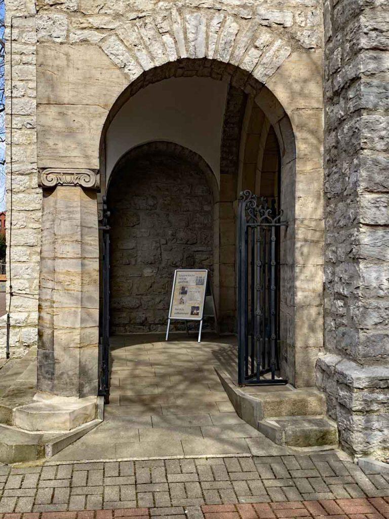 Kirchen haben offen