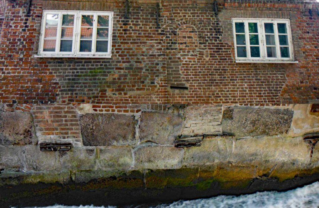 Collage Haus direkt an der Ilmenau