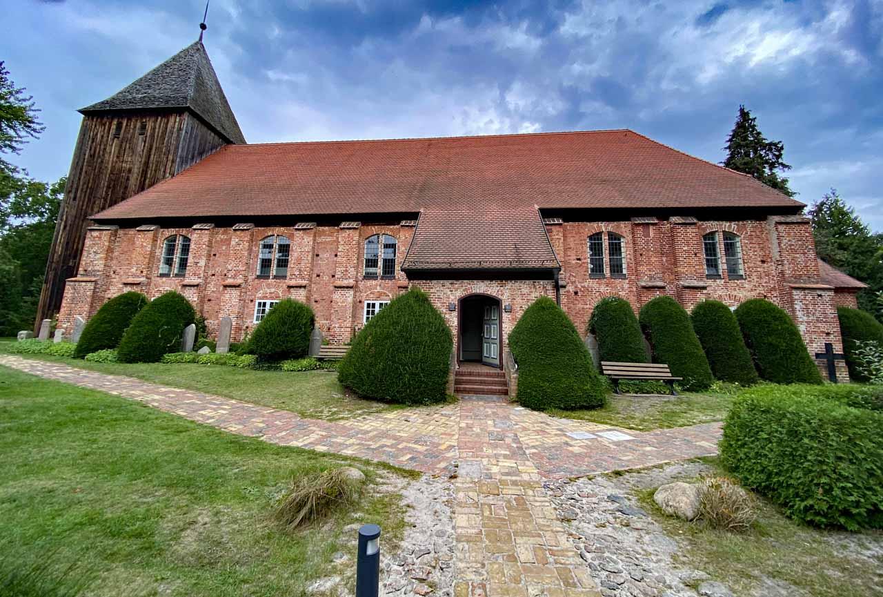 Kirchen alte Friedhöfe und Wartungsarbeiten
